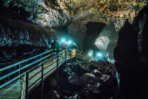 Lava Cave tour Víðgelmir