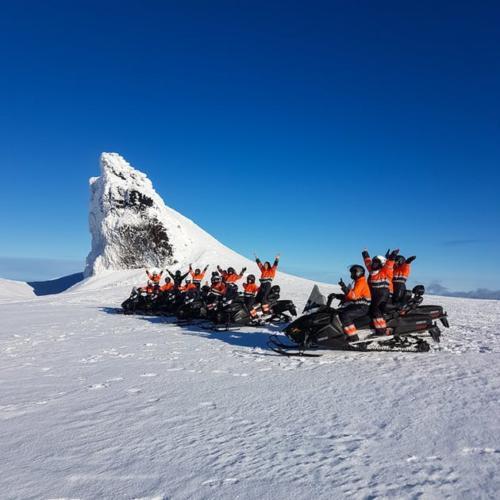 Snowmobile tour Eyjafjallajökul